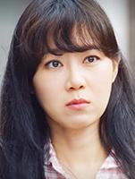 椿の花咲く頃-キャスト-コン・ヒョジン